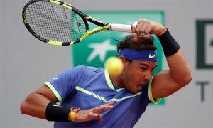 Nadal không tốn một giọt mồ hôi nhẹ bước vào bán kết