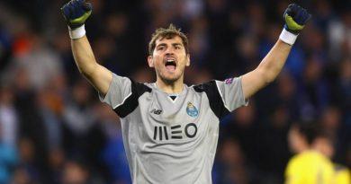 Newcastle nhòm ngó Casillas