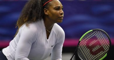 """Serena Williams thổ lộ """"từng suýt chết vì… sinh con"""""""