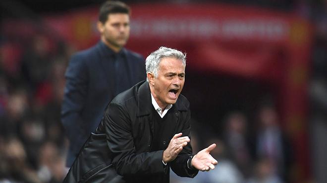 """Mourinho không còn là """"Người đặc biệt"""" nữa"""