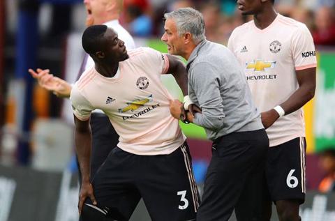 1 bailly bỏ ngỏ khả năng rời Man Utd