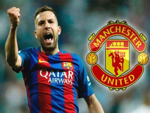 MU muốn chiêu mộ Alba, dụ dỗ bỏ Barca