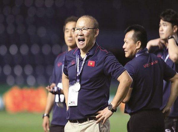 VFF và cuộc chiến không cân sức với Park Hang Seo