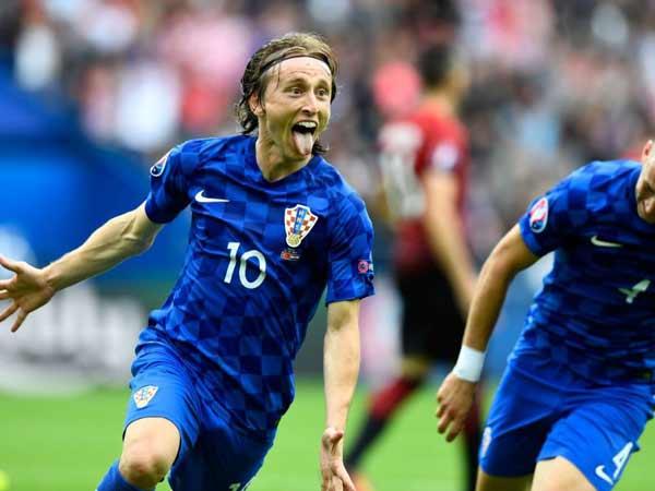Luka Modric trong phút giây ăn mừng chiến thắng