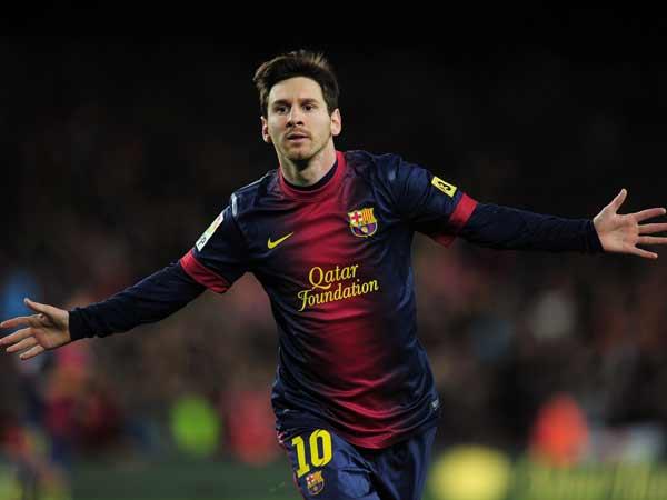 Khoảng khắc vàng trên sân cỏ của huyền thoại bóng đá Messi
