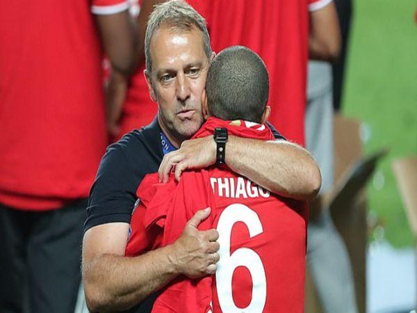 Tin bóng đá tối 21/9: Thiago Alcantara khóc khi rời Bayern Munich