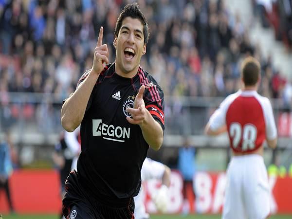 Luis Suarez khi còn khoác áo Ajax