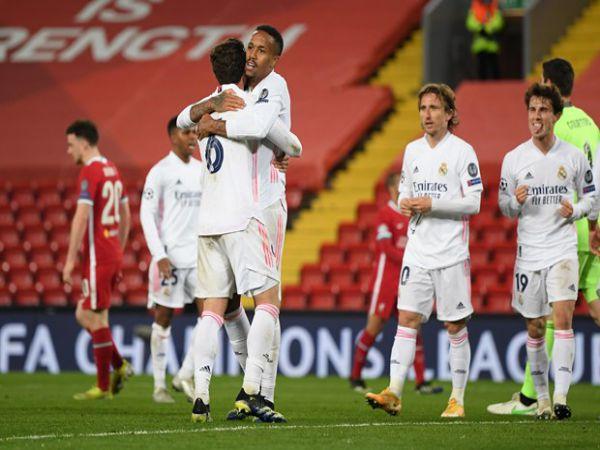 Tin ngắn sáng 15/4: Real Madrid và Man City giành vé đi tiếp