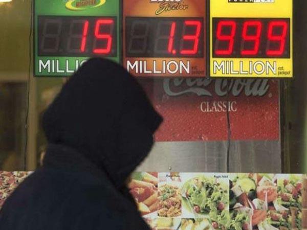 Người đàn ông giả nghèo quyết tâm giấu chuyện trúng độc đắc 1.200 tỷ